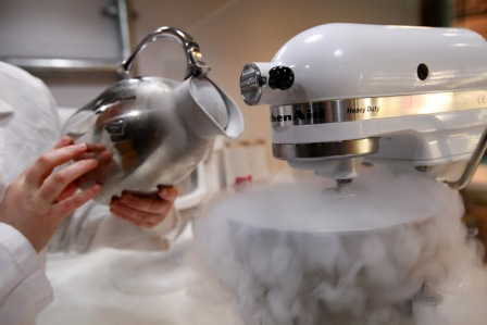 Adding liquid nitrogen makes the ice cream super fresh, smooth and full of flavour